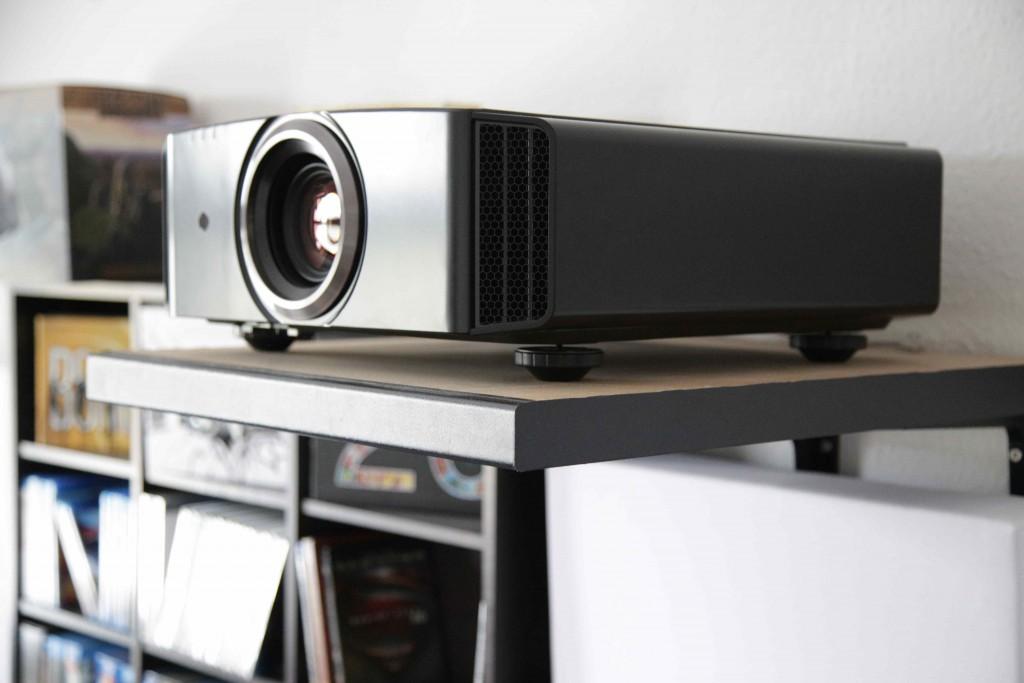 Der JVC X500 sorgt für hervorragende Bildwiedergabe.