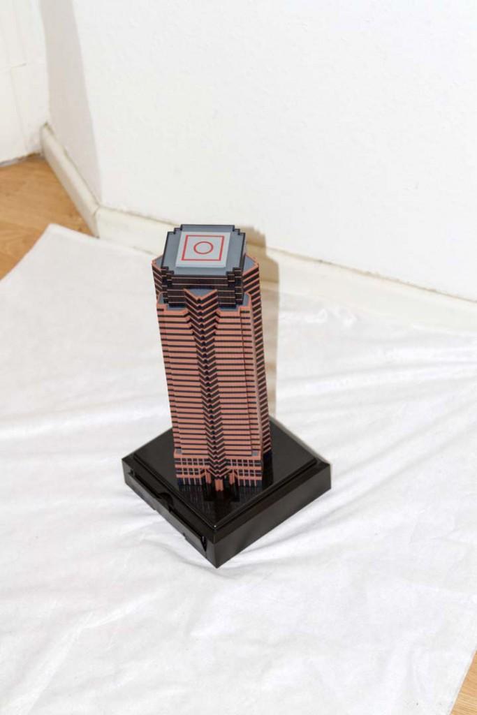 Der Turm in Schrägansicht