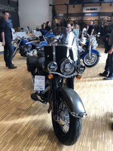 Harley Davidson FLHCS Heritage Classic
